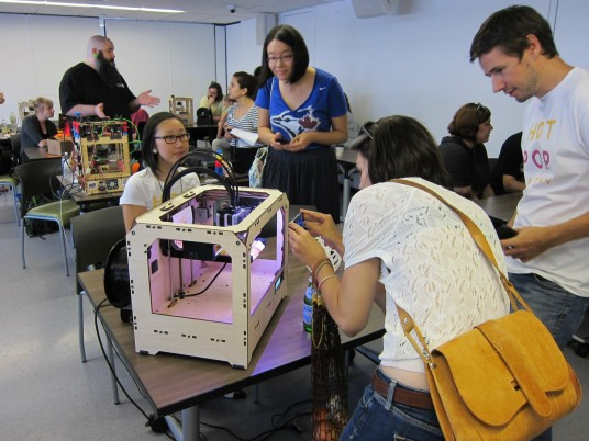 Ladies Learning Code 3D Printing Workshop Hot Pop Factory Printer
